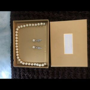 Charter pearl necklace and matching earrings